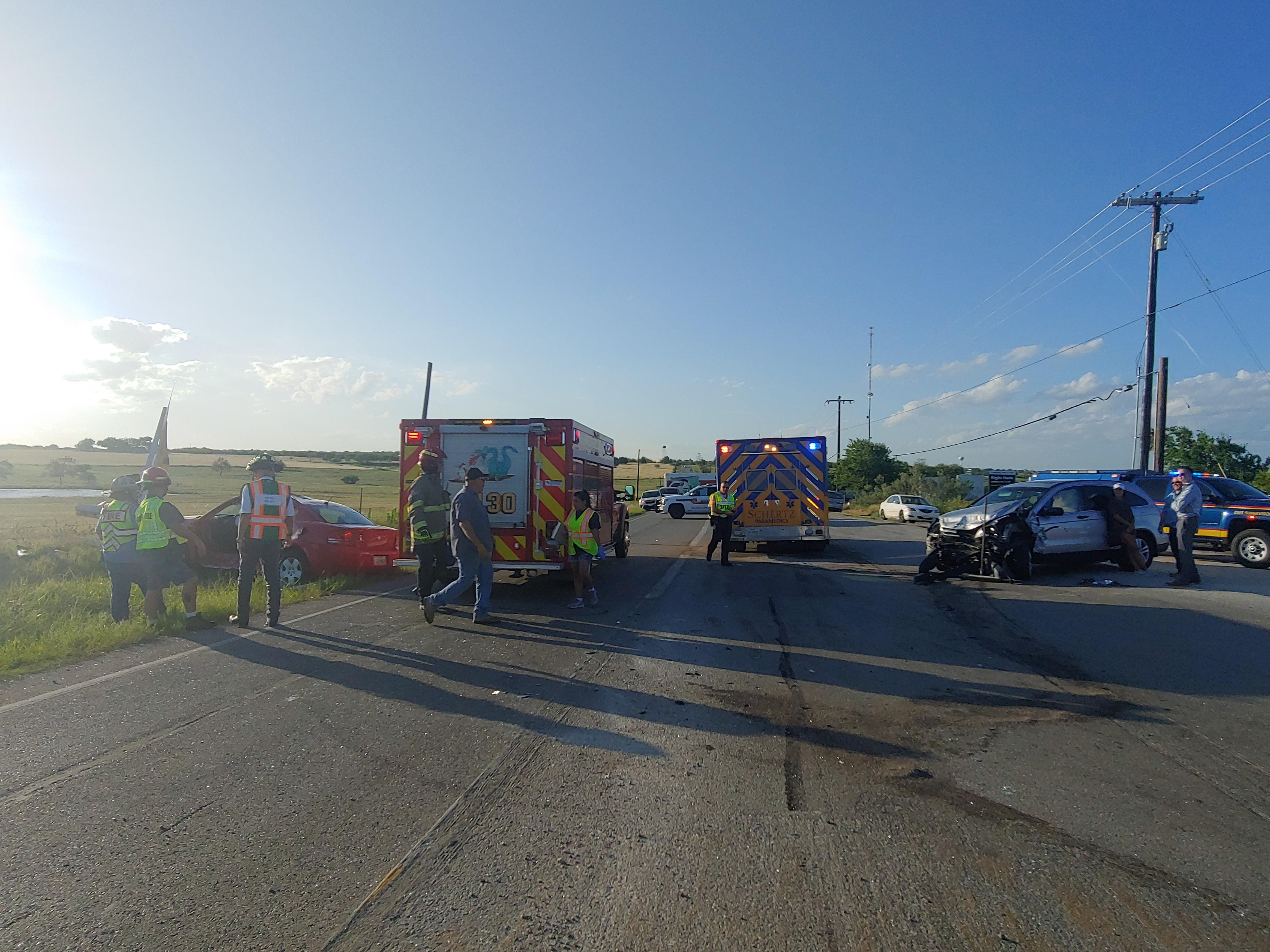 McQueeney Volunteer Fire Department Responds to Wreck at